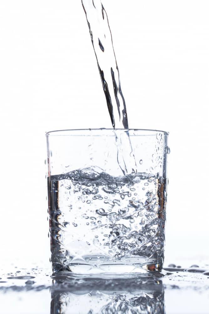 acqua minarale gasata